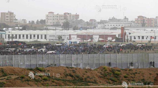 Israelul a redeschis punctele de trecere spre Gaza după şase zile de închidere urma unui atac cu rachetă