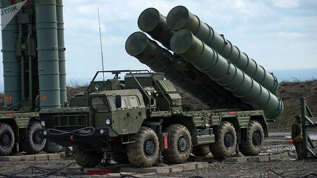 SUA avertizează Turcia asupra achiziţionării sistemului rus de apărare aeriană