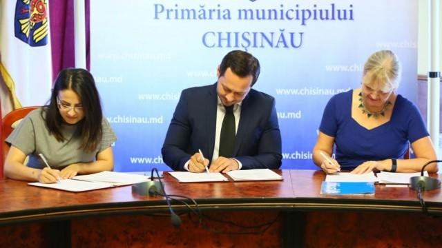 Primăria municipiului Chișinău, UNICEF și Alianța ONG-urilor au semnat un Memorandum în domeniul protecției sociale a copilului și familiei