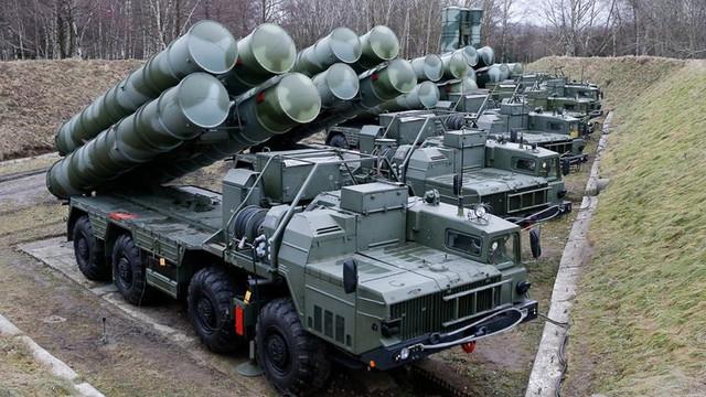 Rusia anunță că sistemele de rachete S-400 din Kaliningrad au devenit operaționale