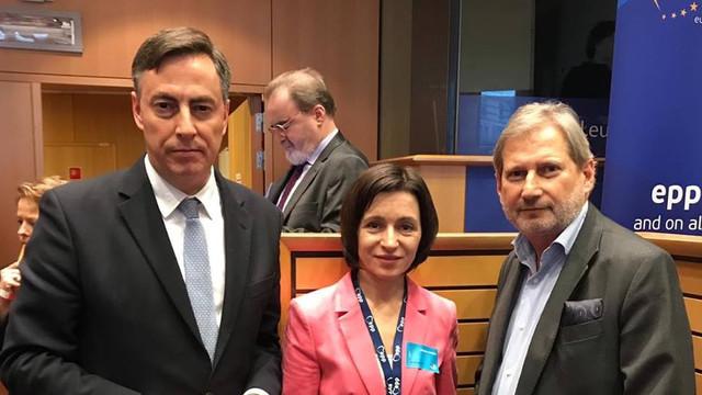 """Maia Sandu a discutat cu oficialii europeni despre situația postelectorală și despre """"abuzurile comise de regimul de la Chișinău"""""""