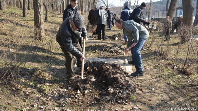 Apel la o acțiune de salubrizare în sectorul Botanica din Chișinău