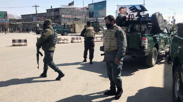 Afganistan | Explozie în apropierea unei importante reuniuni politice la Kabul