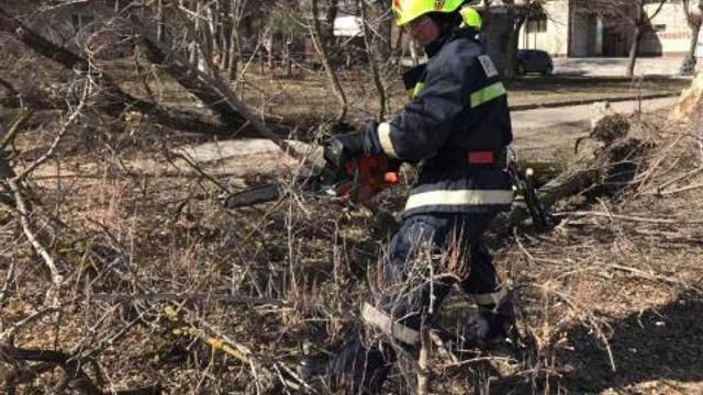 Salvatorii au intervenit în circa 100 de cazuri de lichidare a focarelor de ardere, în ultimele 24 de ore