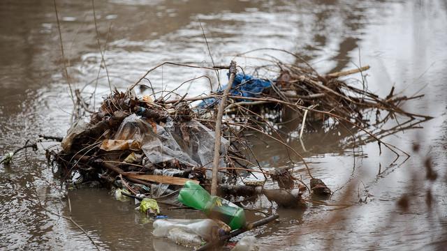 Acțiune de salubrizare a râului Bâc organizată pentru sâmbătă în Chișinău