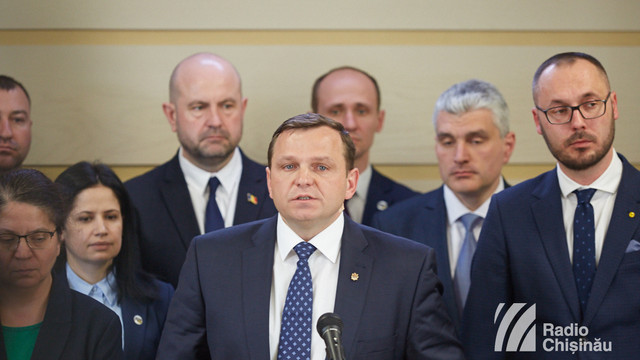 Blocul ACUM va înregistra vineri în Parlament opt inițiative