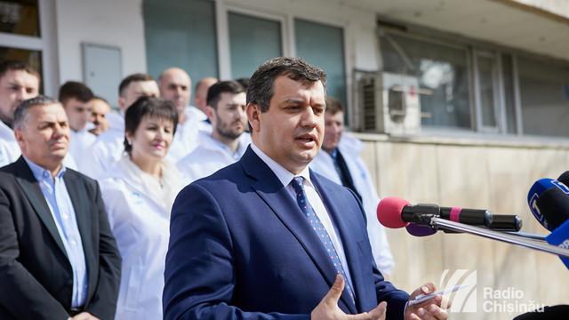 """Eugen Tomac lansează un apel către cetățenii români din R.Moldova: """"Uniți toți românii în Europa"""""""