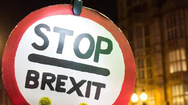 Brexit | O petiţie pentru rămânerea în UE se apropie de un milion de semnături într-o singură zi