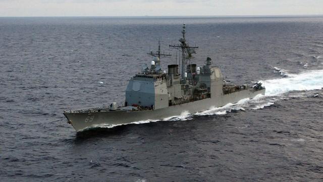 Rusia amenință că va scufunda navele străine care traversează Oceanul Arctic