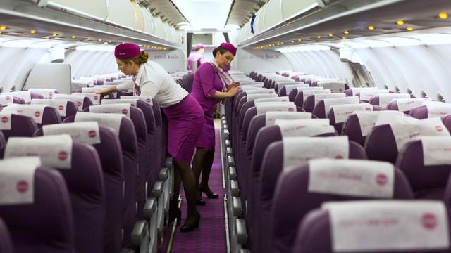 O companie aeriană și-a încetat activitatea și a anulat toate zborurile