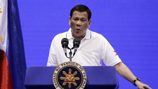 Filipine se retrage oficial duminică din Curtea Penală Internațională, care investighează acțiuni ale președintelui Rodrigo Duterte