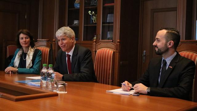 Ambasadorul Elveției | Împărtășim îngrijorările observatorilor internaționali referitor la încălcările din timpul alegerilor din R.Moldova