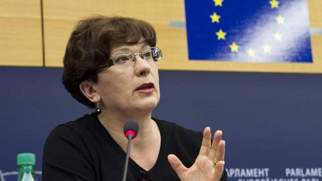 Europarlamentara Sandra Kalniete   Țările baltice îşi propun să obțină o condamnare internaţională a regimului criminal al URSS
