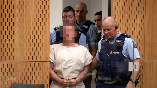 Atacurile din Noua Zeelandă: Australianul acuzat de crimă intenţiona să continue măcelul