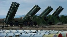 Rusia va începe în iulie livrarea sistemelor antirachetă S-400 către Turcia