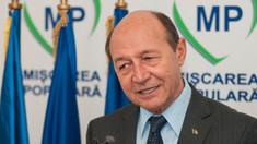 """Băsescu se laudă că n-a pierdut nicio bătălie politică, dar îndeamnă susținătorii să-l susțină în """"ultima luptă"""""""