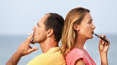 STUDIU | Bacterii care provoacă astm, descoperite în ţigările electronice. Concluziile cercetătorilor, alarmante