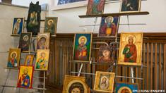 Icoane bizantine pot fi admirate, dar și procurate, la Biblioteca Națională din Chișinău