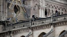 Compania care a montat schela la catedrala Notre-Dame admite că unii dintre muncitori au încălcat interdicţia de a fuma