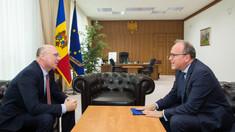 Proiectele bilaterale de interes major au fost vizate la întrevederea dintre Pavel Filip și ambasadorul Daniel Ioniță
