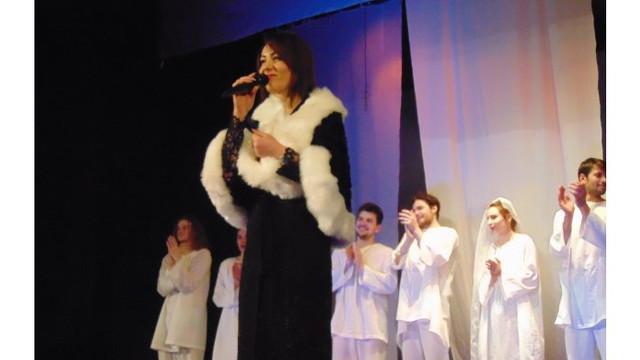 A început Festivalul Internaţional al Teatrelor de Păpuşi ''Sub căciula lui Guguţă''