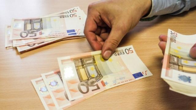 Salariu unui medic în sistemul privat depășește două mii de euro peste Prut (Sănătate INFO)