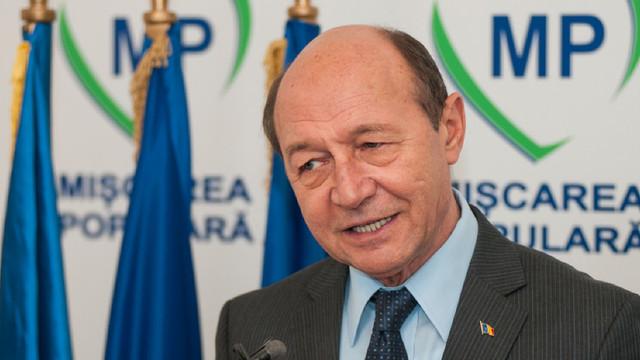 Băsescu, la Chișinău, cu programul PMP pentru europarlamentare: Numai Unirea poate să aducă R.Moldova în UE și s-o scoată din zona gri