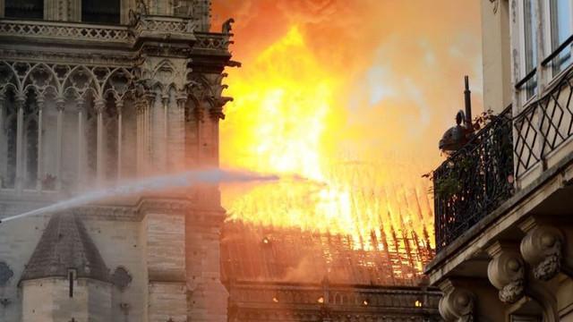 Procurorii din Paris au declarat că incendiul de la Notre-Dame a fost un accident