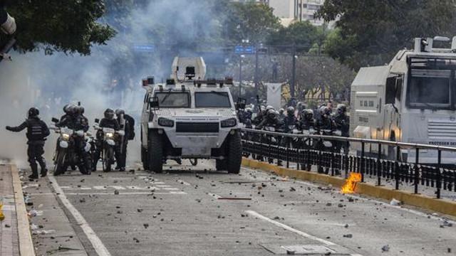 Criza din Venezuela. Nicolas Maduro anunţă raţionalizarea energiei electrice pentru 30 de zile