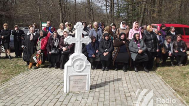 Se împlinesc 78 de ani de când sovieticii au ucis trei mii de români bucovineni, într-o singură zi, la Fântâna Albă