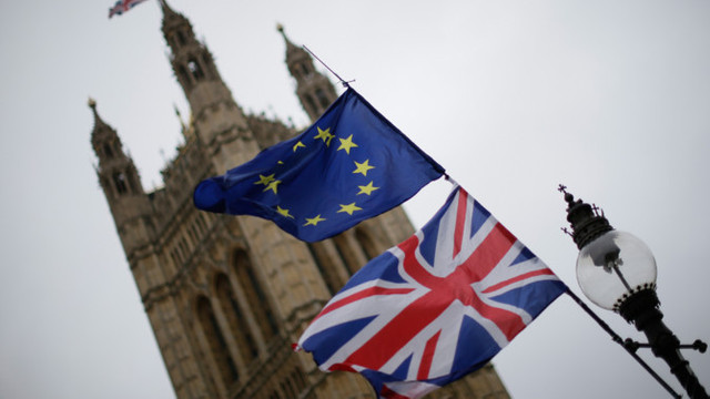 BREXIT   Incertitudini cu pierderi URIAȘE în Marea Britanie. Guvernul Theresa May, în impas