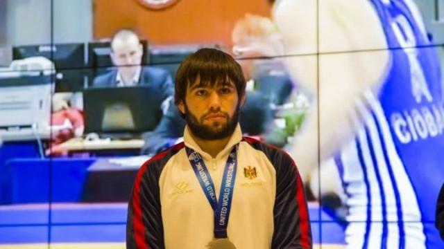 AUR pentru Victor Ciobanu la Europenele de lupte de la București, în lupta cu rusul Sergey Emelin