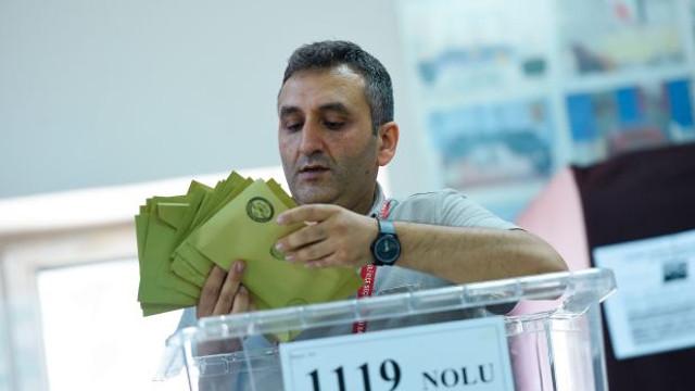 Alegeri Turcia   În opt districte din Istanbul vor fi renumărate voturile
