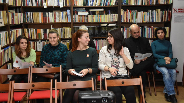 Duplex profesional cu participarea angajaților bibliotecilor din Chișinău și București
