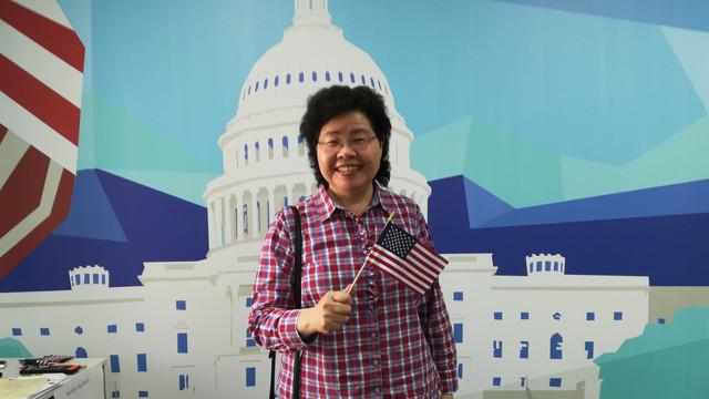 """Grace Liu din SUA învață limba română la Comrat. """"Când mi-au spus că ar vrea să mă trimită în R. Moldova, nu știam unde se află, credeam că e în Africa"""""""