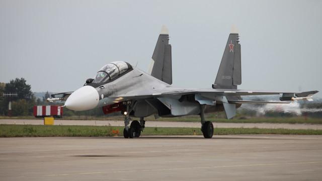 Armenia a transferat o parte din bani pentru achitarea a patru avioane Su-30 cumpărate din Rusia