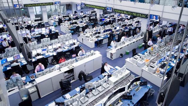 Băncile gigant Deutsche Bank şi Commerzbank renunţă la fuziune