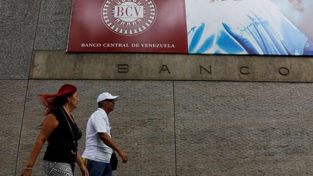 Venezuela a vândut aur în valoare de 400 milioane de dolari în pofida sancţiunilor internaţionale