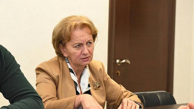Zinaida Greceanîi neagă faptul că fracțiunea PSRM negociază la Moscova crearea unei coaliții de guvernare