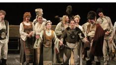 """Spectacolul """"Amorul dănțuie și feste joacă"""" revine pe scena Naționalului"""