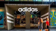 """Avertismentul Nike şi Adidas pentru Trump: Tarifele pentru încălţămintea din China ar putea fi """"catastrofale"""""""
