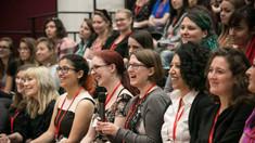STUDIU | Femeile obţin rezultate mai bune la matematică în încăperi mai călduroase