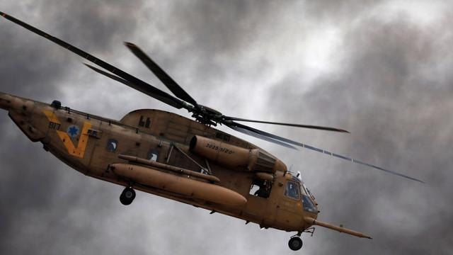 Elicoptere israeliene au lovit 30 de ţinte teroriste din Fâşia Gaza, ca ripostă la atacurile palestiniene