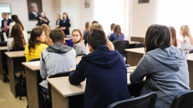 Monica Babuc reacționează după declarațiile Maiei Sandu: Toți profesorii, inclusiv cei universitari, își vor primi salariile majorate