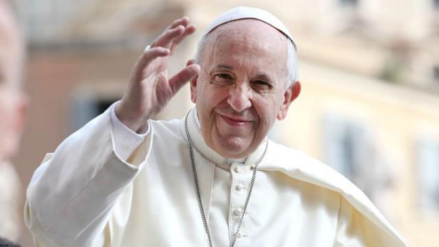 A fost prelungit termenul de înscriere pentru cei care vor să fie prezenţi la vizita Papei Francisc în Bucureşti