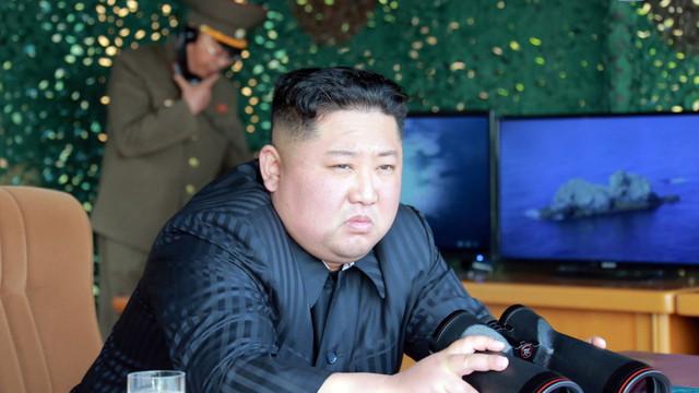 Coreea de Nord apelează la ajutorul ONU pentru a recupera un vas cargo capturat de SUA, ''ţară-gangster