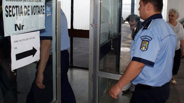 Polițiștii vor asigura ordinea publică la secțiile de vot deschise în R. Moldova pentru europarlamentare