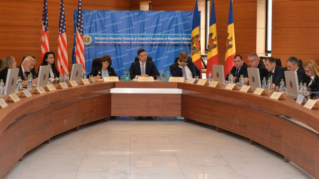 La Chișinău s-a reunit Comitetul bilateral de cooperare R.Moldova-Carolina de Nord