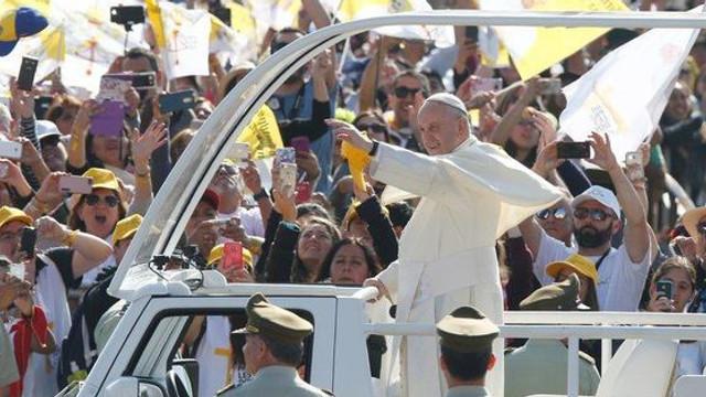 Papa Francisc n-are vreme să guste din bucătăria românească. Meniul pentru Suveranul Pontif în România