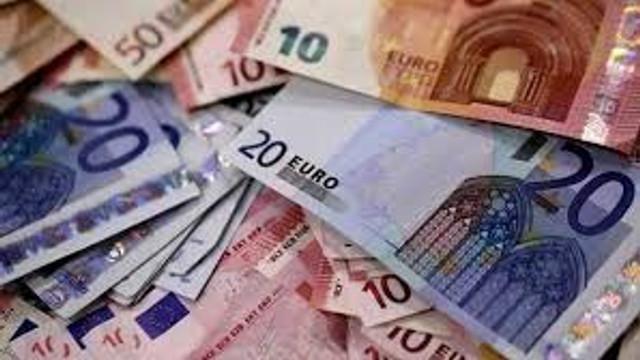 Comisia Europeană acuză şapte bănci de manipularea cursului de schimb valutar